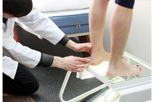 Диагностика стоп и подбор ортопедических стелек в Днепре