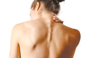Ошейник для шеи при остеохондрозе - какой нужен, как правильно его носить?