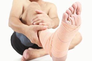 Ортез при переломе пяточной кости: как подобрать и правильно носить?