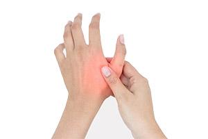 Болит запястье, когда шевелю большим пальцем: причины, методы лечения