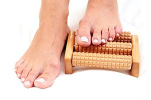 Болит косточка на ноге сбоку: причины, способы лечения