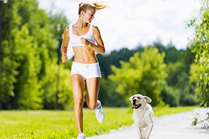Каким спортом можно заниматься при варикозе? Йога, фитнес, бег, плавание, танцы при варикозном расширении вен